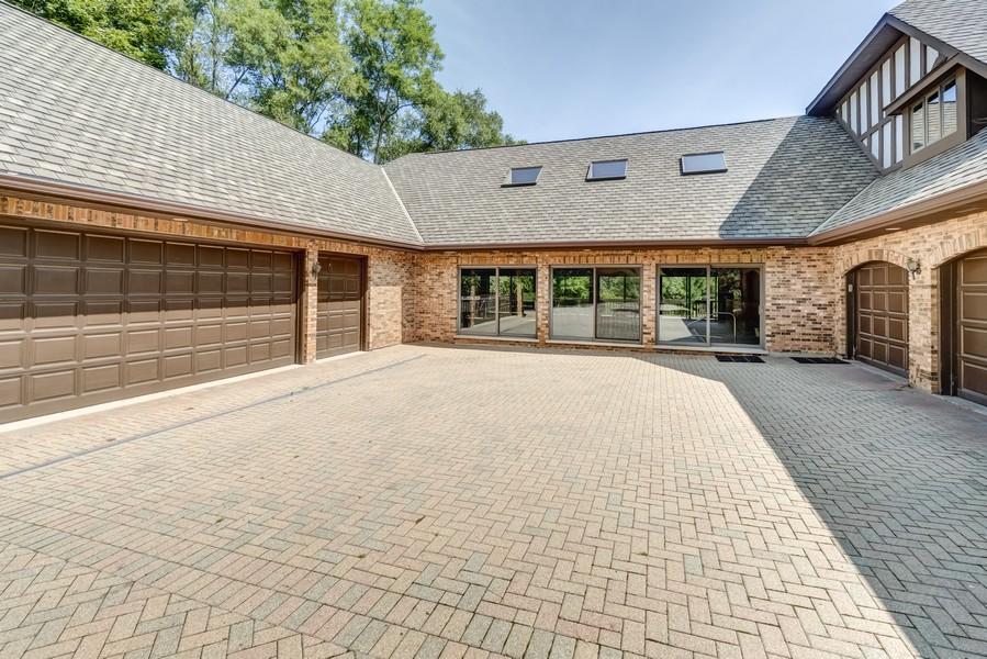 Real Estate Photography - 11 Corey Drive, South Barrington, IL, 60010 - Driveway & Garages