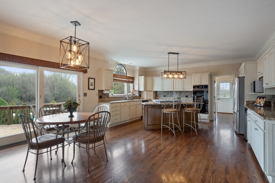 Real Estate Photography - 22425 N Linden Dr., Lake Barrington, IL, 60010 - Kitchen / Breakfast Room