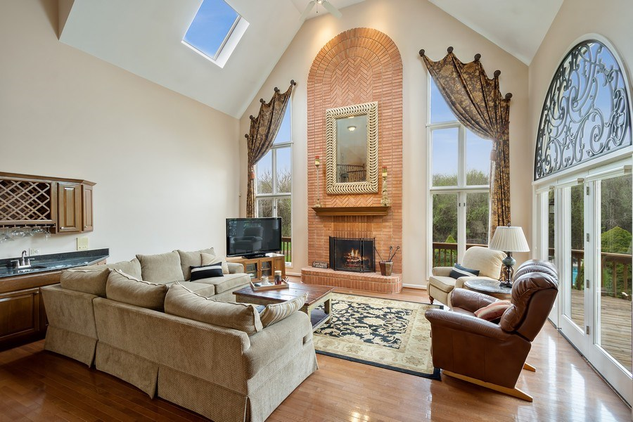 Real Estate Photography - 22425 N Linden Dr., Lake Barrington, IL, 60010 - Great room