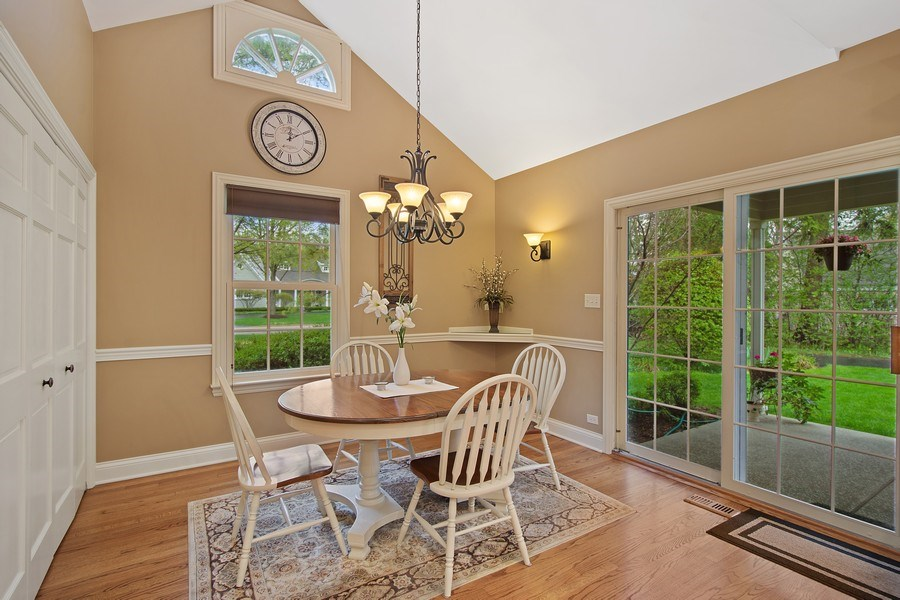 Real Estate Photography - 243 Linden Road, Barrington, IL, 60010 - Breakfast Area