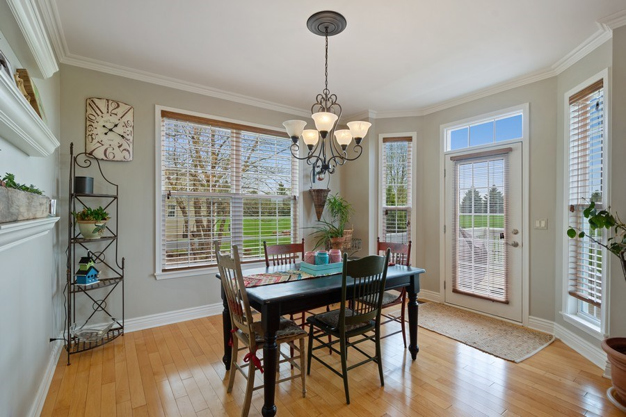 Real Estate Photography - 508 Pond Gate Drive, Barrington Hills, IL, 60010 - Breakfast Area