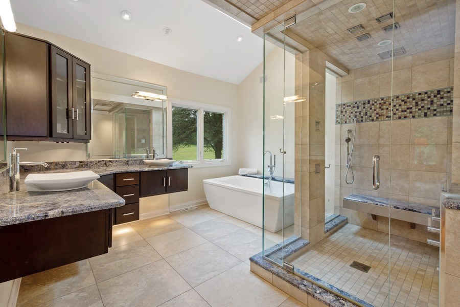 Real Estate Photography - 40 Ridge Rd., Barrington Hills, IL, 60010 - Master Bathroom