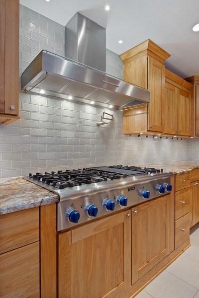 Real Estate Photography - 40 Ridge Rd., Barrington Hills, IL, 60010 - Range Detail