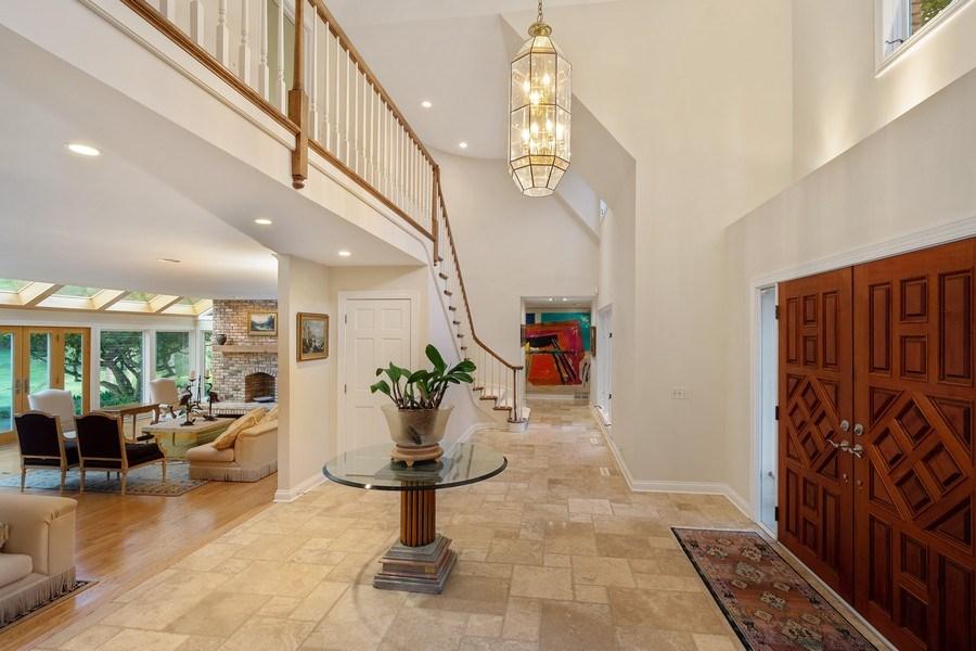 Real Estate Photography - 40 Ridge Rd., Barrington Hills, IL, 60010 - Foyer