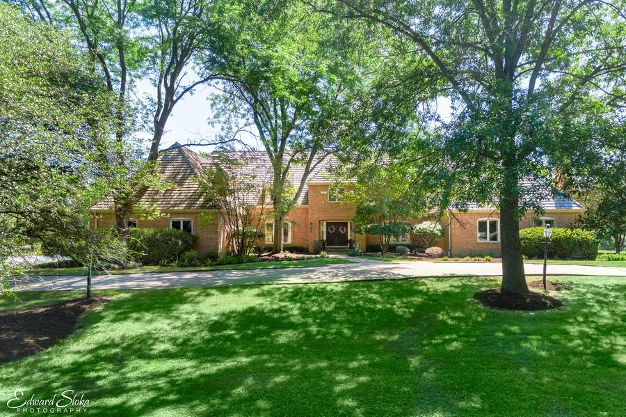 Real Estate Photography - 40 Ridge Rd., Barrington Hills, IL, 60010 - Exterior Front
