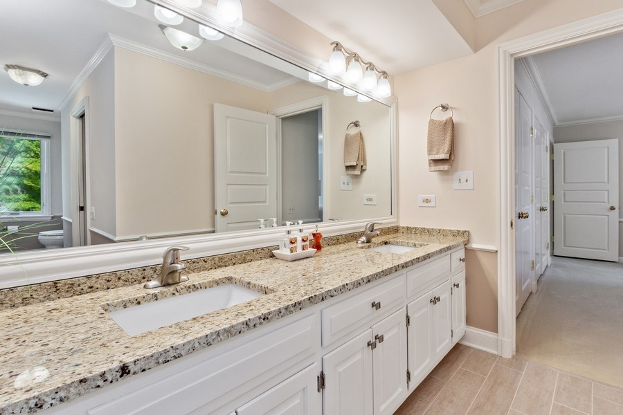 Real Estate Photography - 90 Hawthrone Rd., Barrington Hills, IL, 60010 - 3rd Bathroom (Jack & Jill)