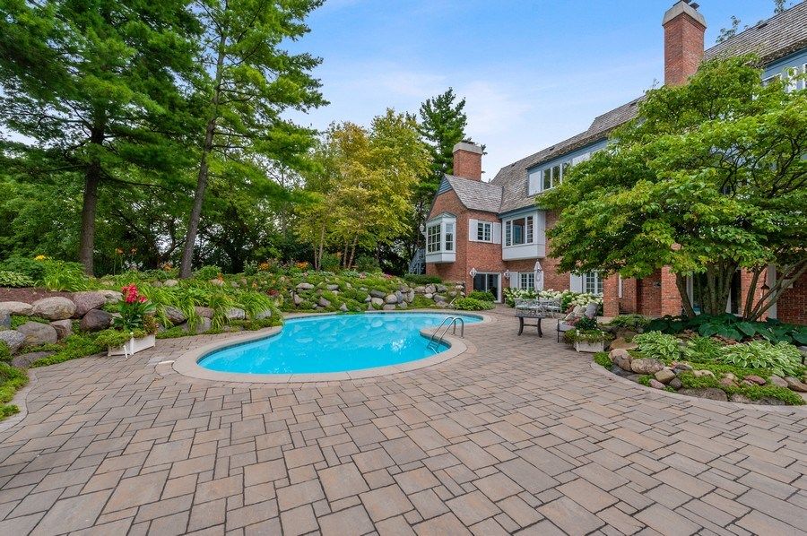 Real Estate Photography - 90 Hawthrone Rd., Barrington Hills, IL, 60010 - Pool