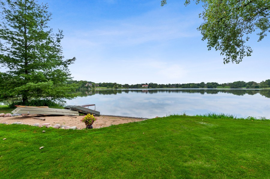 Real Estate Photography - 90 Hawthrone Rd., Barrington Hills, IL, 60010 - Lake