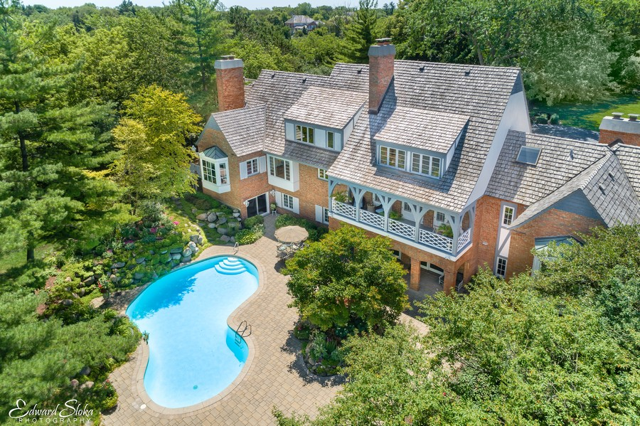 Real Estate Photography - 90 Hawthrone Rd., Barrington Hills, IL, 60010 - Aerial view