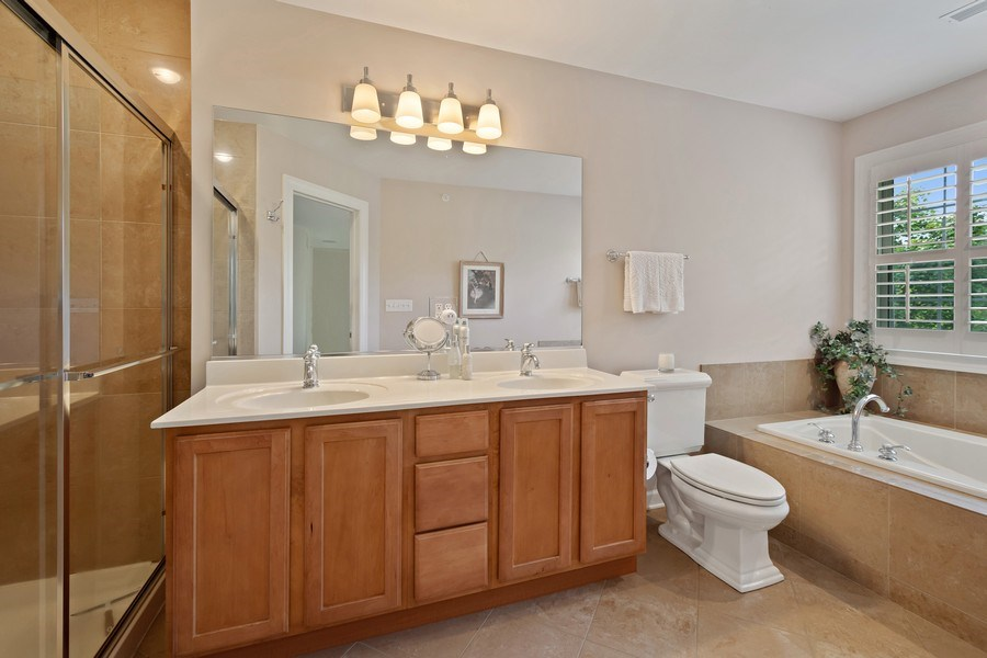 Real Estate Photography - 600 Stone Canyone Circle, Inverness, IL, 60010 - Master Bathroom