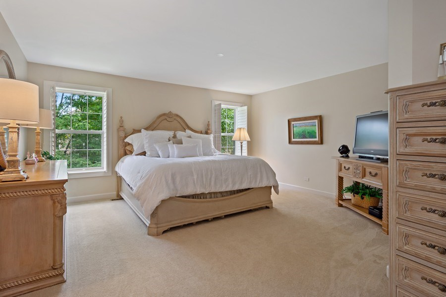 Real Estate Photography - 600 Stone Canyone Circle, Inverness, IL, 60010 - Master Bedroom