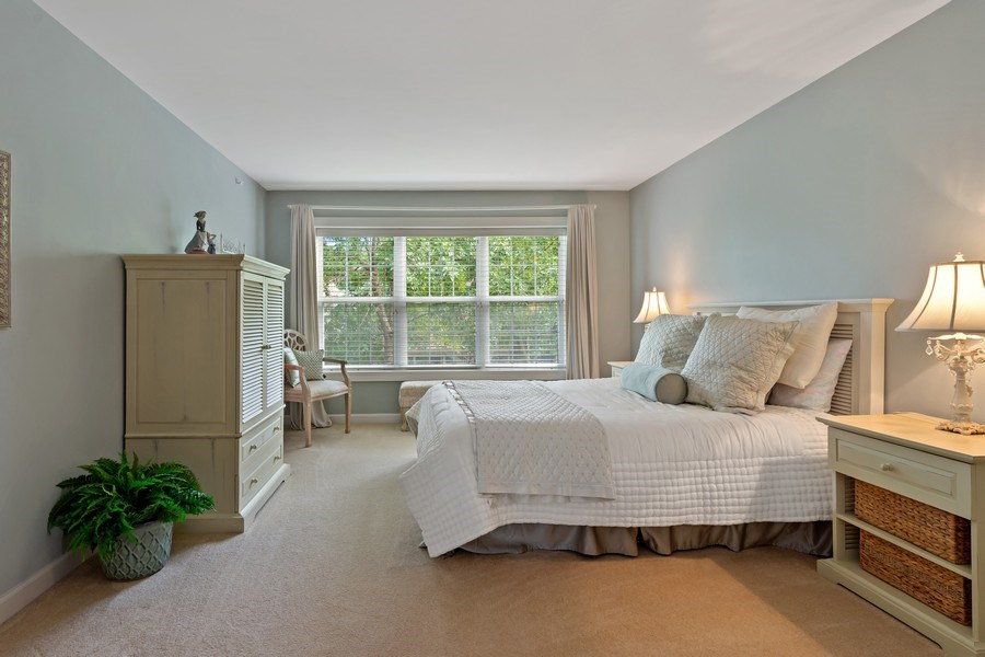 Real Estate Photography - 600 Stone Canyone Circle, Inverness, IL, 60010 - 2nd Bedroom