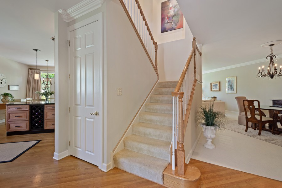 Real Estate Photography - 600 Stone Canyone Circle, Inverness, IL, 60010 - Foyer