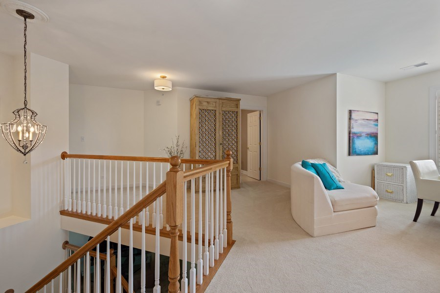 Real Estate Photography - 600 Stone Canyone Circle, Inverness, IL, 60010 - Loft