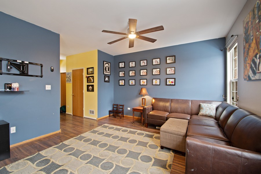 Real Estate Photography - 18526 Dearborn Court, Tinley Park, IL, 60477 - Living Room