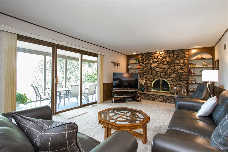 Real Estate Photography - 1160 East 173rd Place, South Holland, IL, 60473 - Family Room