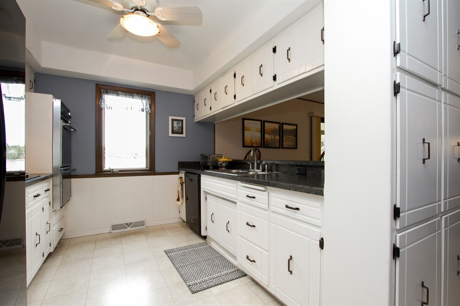 Real Estate Photography - 1160 East 173rd Place, South Holland, IL, 60473 - Kitchen