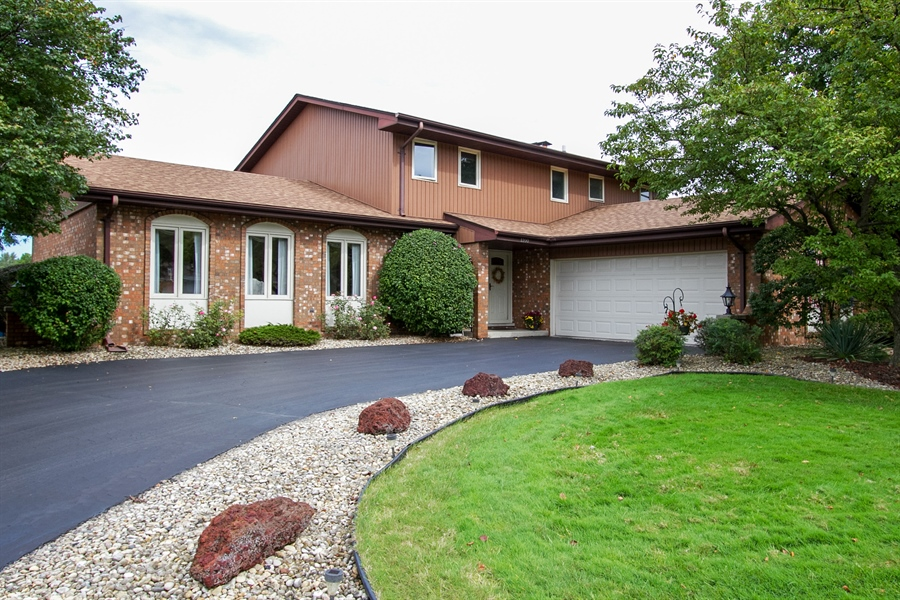 Real Estate Photography - 1160 East 173rd Place, South Holland, IL, 60473 - Front View