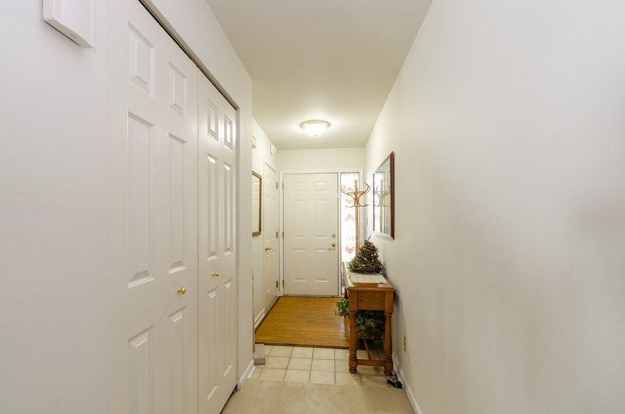 Real Estate Photography - 11355 Ventura Dr, St. John, IN, 46373 - Entryway