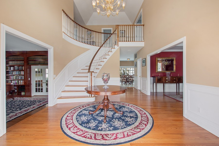 Real Estate Photography - 21 Admiral Wordens Lane, Briarcliff Manor, NY, 10510 - Foyer