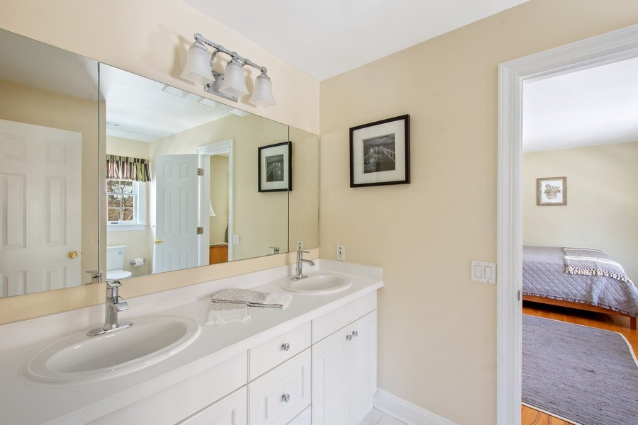Real Estate Photography - 21 Admiral Wordens Lane, Briarcliff Manor, NY, 10510 - Jack-n-Jill Bathroom