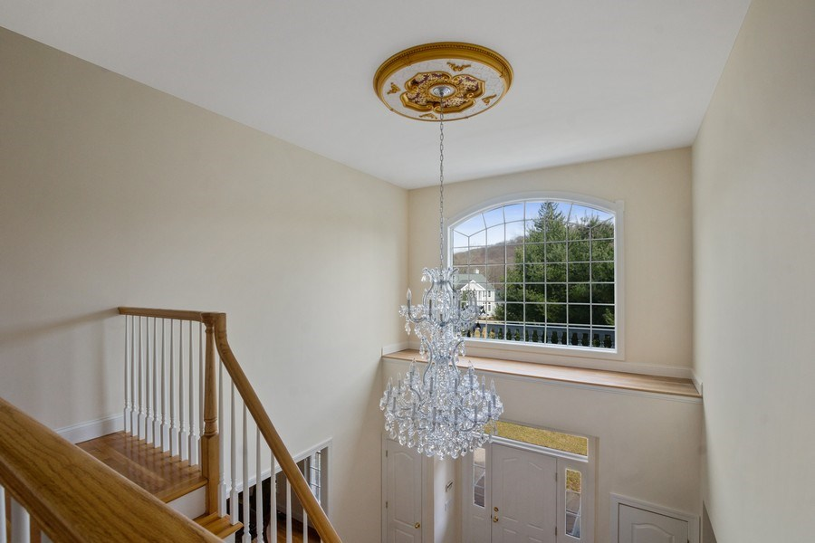 Real Estate Photography - 1B Summerland Lane, Briarcliff Manor, NY, 10510 - Chandelier