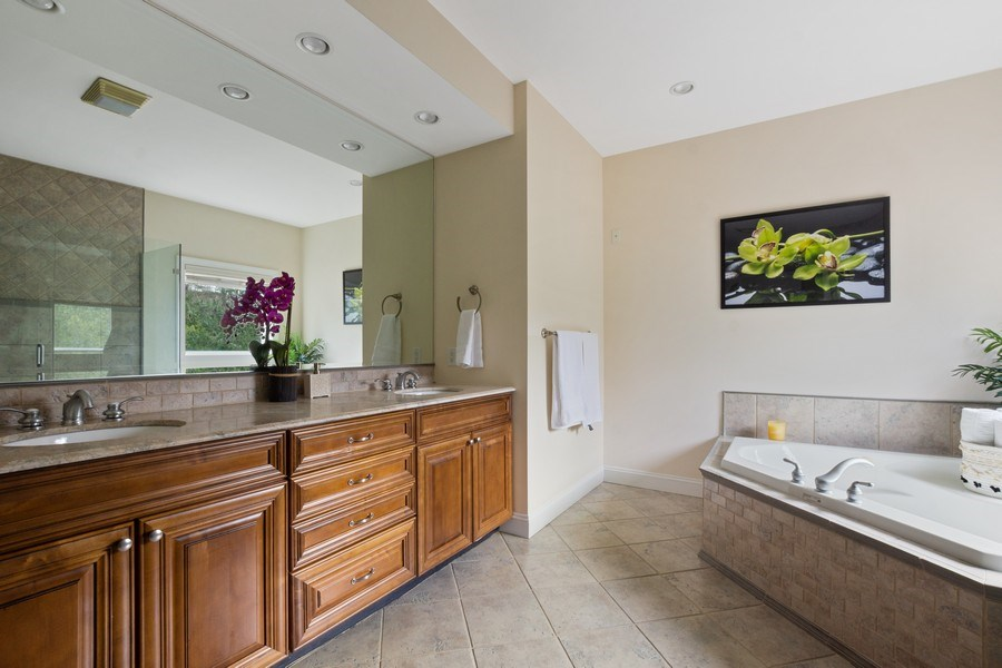 Real Estate Photography - 1B Summerland Lane, Briarcliff Manor, NY, 10510 - Master Bathroom