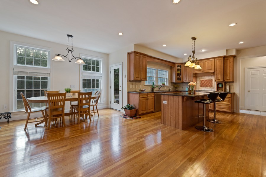 Real Estate Photography - 1B Summerland Lane, Briarcliff Manor, NY, 10510 - Kitchen / Breakfast Room