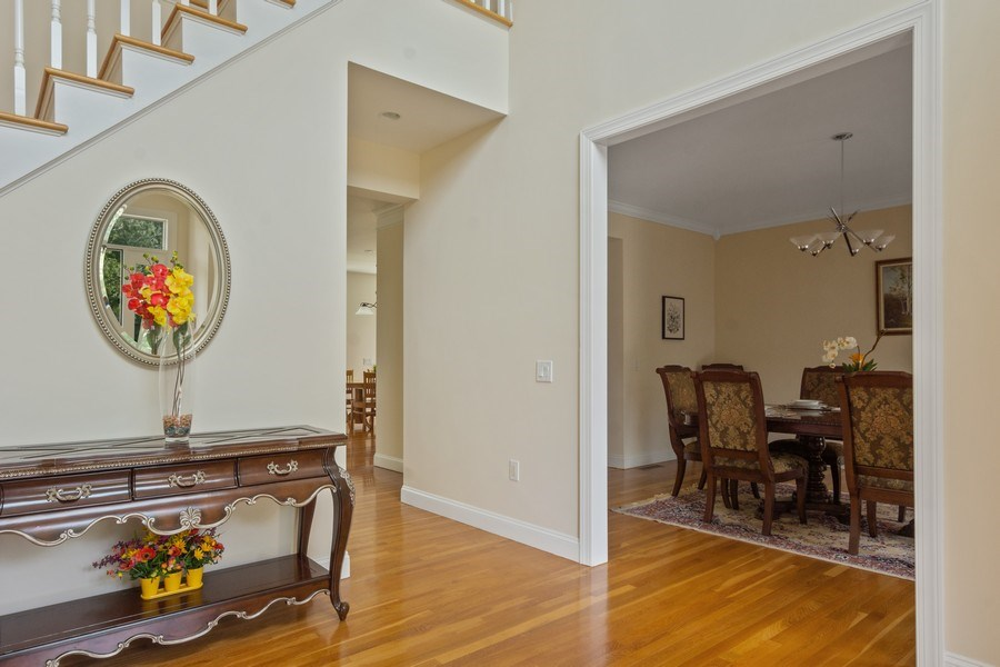 Real Estate Photography - 1B Summerland Lane, Briarcliff Manor, NY, 10510 - Foyer