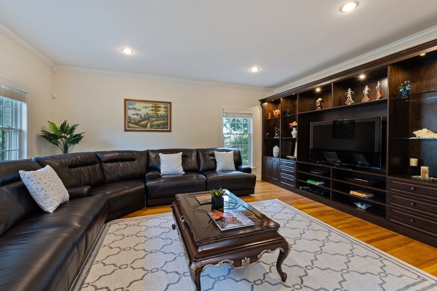 Real Estate Photography - 1B Summerland Lane, Briarcliff Manor, NY, 10510 - Living Room