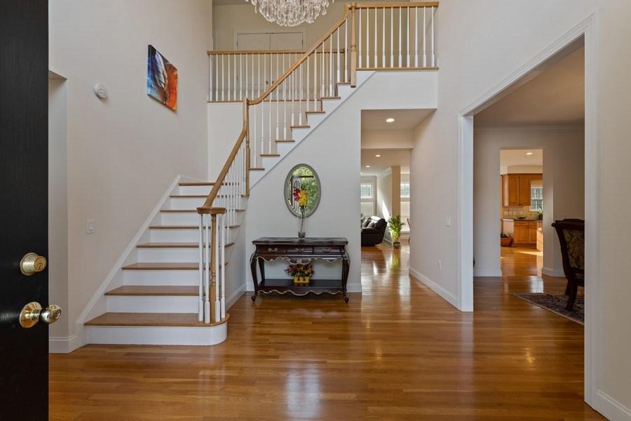 Real Estate Photography - 1B Summerland Lane, Briarcliff Manor, NY, 10510 - Foyer