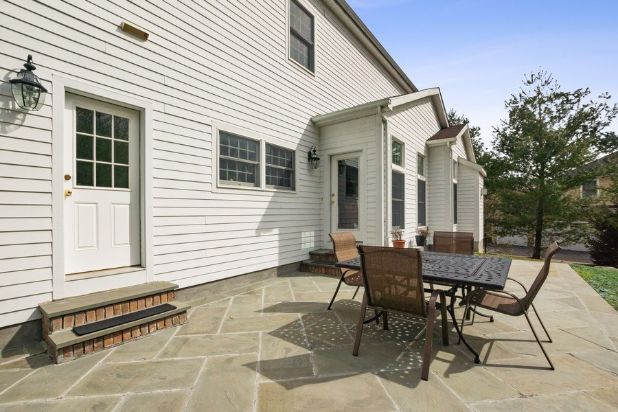Real Estate Photography - 1B Summerland Lane, Briarcliff Manor, NY, 10510 - Patio