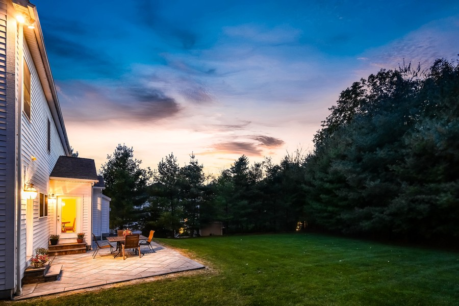 Real Estate Photography - 1B Summerland Lane, Briarcliff Manor, NY, 10510 - Lovely Rear Yard