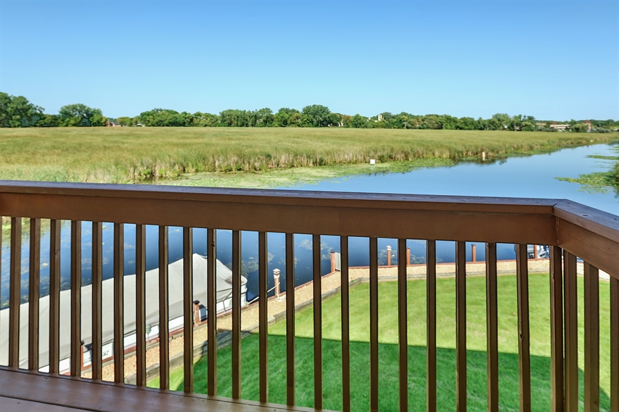 Real Estate Photography - 5474, Mound, MN, 55364 - Deck