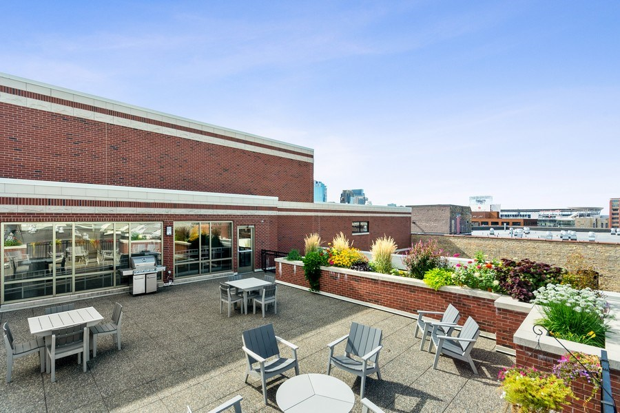 Real Estate Photography - 404 Washington Ave N, 501, Minneapolis, MN, 55401 - Roof Deck