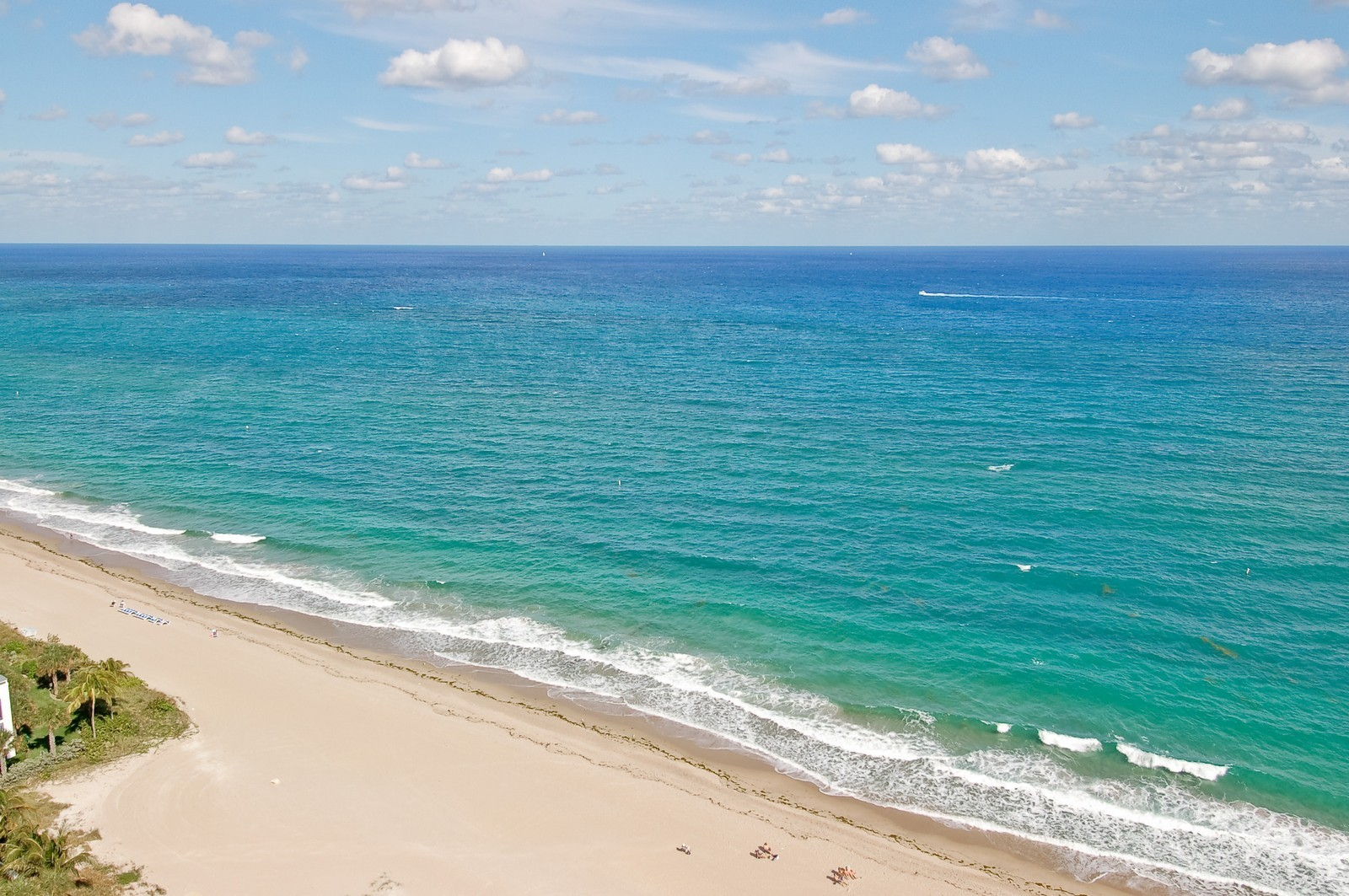 Real Estate Photography - 1700 S Ocean Blvd, 22C, Lauderdale by the Sea, FL, 33062 - Beach