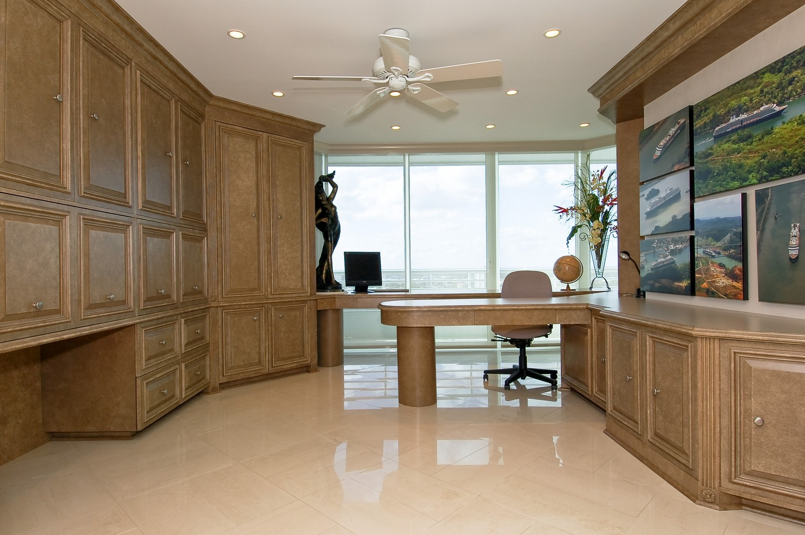 Real Estate Photography - 1700 S Ocean Blvd, 22C, Lauderdale by the Sea, FL, 33062 - Office