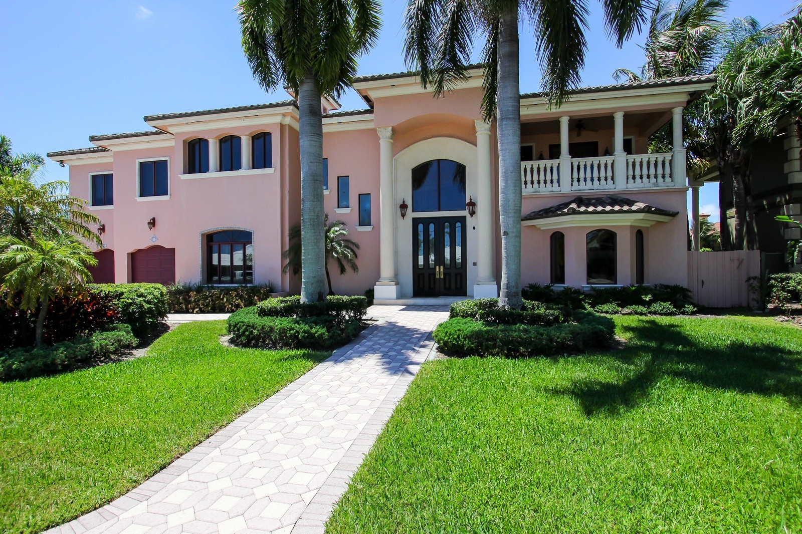 Real Estate Photography - 3310 NE 58th St, Fort Lauderdale, FL, 33308 - Front View