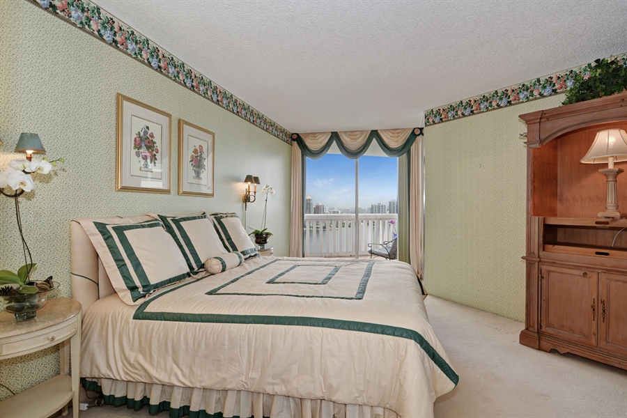 Real Estate Photography - 2800 Island Blvd, Unit 2903, Aventura, FL, 33160 - Master Bedroom