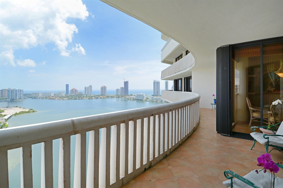 Real Estate Photography - 2800 Island Blvd, Unit 2903, Aventura, FL, 33160 - Balcony