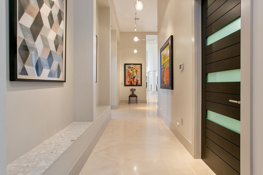 Real Estate Photography - 12709 NW 15 St, Coral Springs, FL, 33071 - Hallway