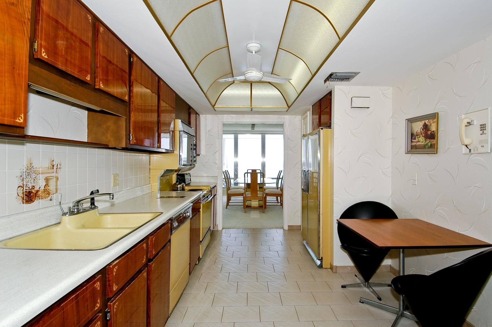 Real Estate Photography - 2200 S Ocean Ln, 206, Fort Lauderdale, FL, 33316 - Kitchen