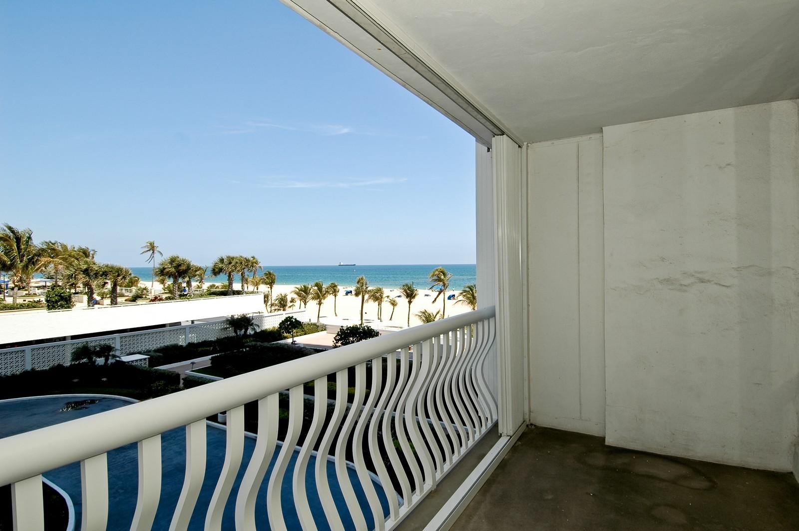 Real Estate Photography - 2200 S Ocean Ln, 206, Fort Lauderdale, FL, 33316 - Ocean View