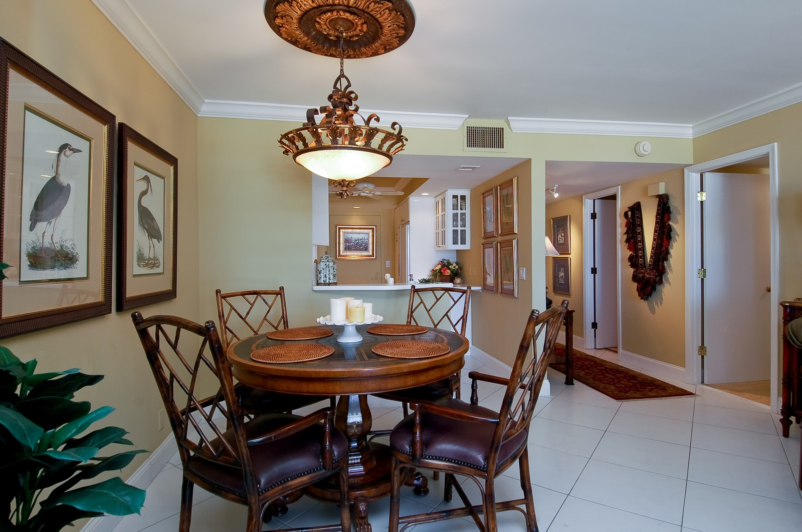 Real Estate Photography - 2200 S Ocean Ln, 1003, Fort Lauderdale, FL, 33316 - Dining Area