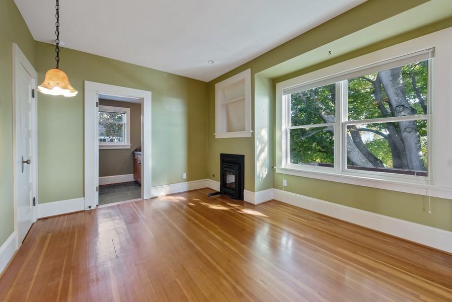 Real Estate Photography - 604 W Kinnear ST UPPER, Seattle, WA, 98119 - 2nd Bedroom