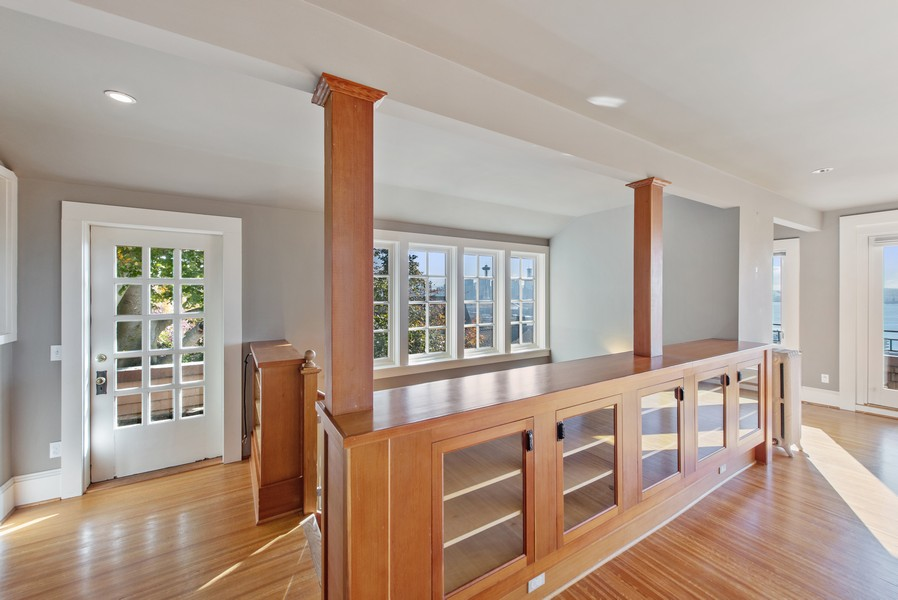 Real Estate Photography - 604 W Kinnear ST UPPER, Seattle, WA, 98119 - Dining Room