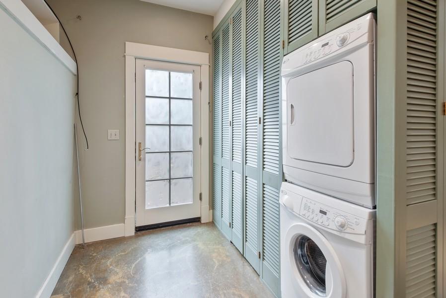 Real Estate Photography - 604 W Kinnear ST UPPER, Seattle, WA, 98119 - Laundry Room