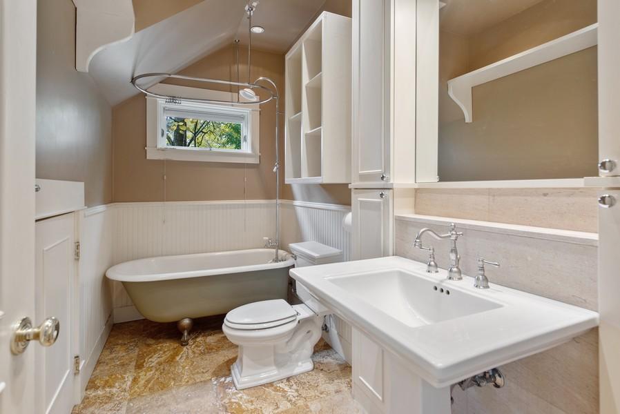 Real Estate Photography - 604 W Kinnear ST UPPER, Seattle, WA, 98119 - 2nd Bathroom