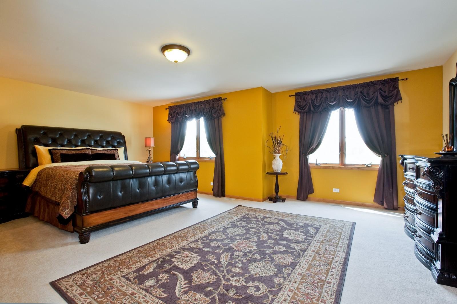 Real Estate Photography - 6617 Natasha Ct, Countryside, IL, 60525 - Master Bedroom