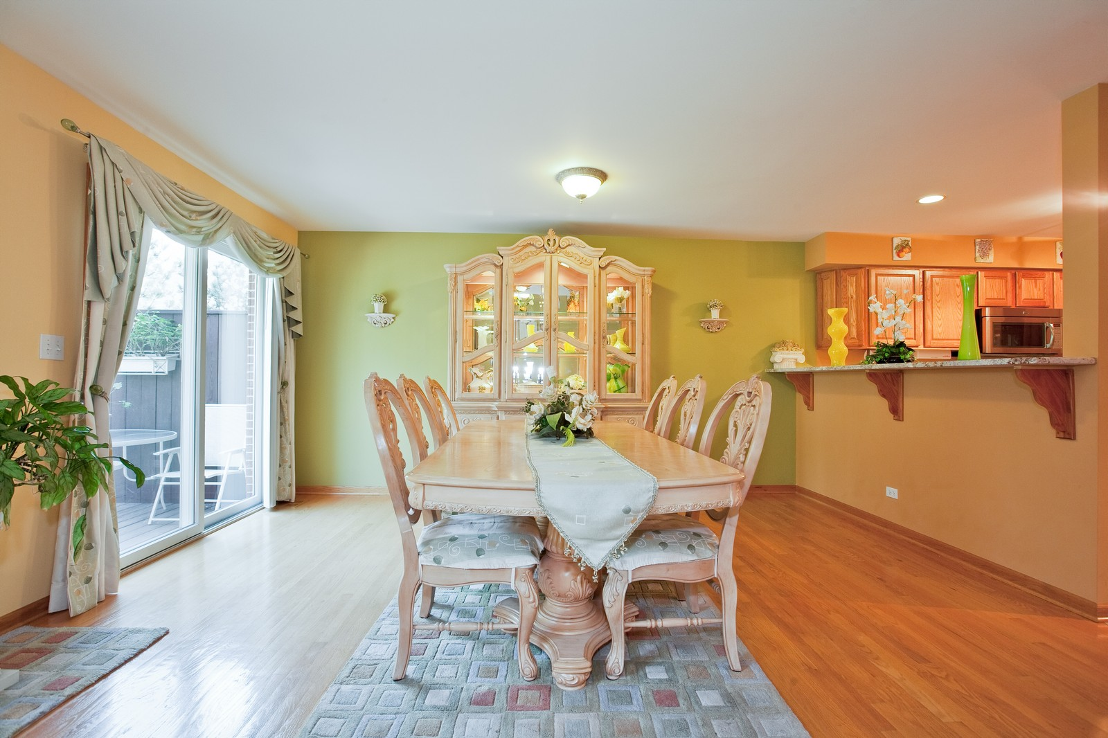 Real Estate Photography - 6617 Natasha Ct, Countryside, IL, 60525 - Dining Room